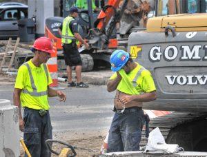 workers in heat wave